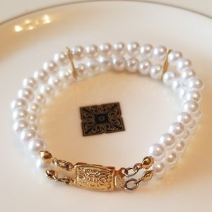VTG. DOUBLE STRAND PEARL BRACELET WITH GOLD CLASP
